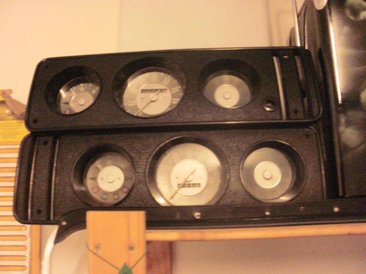 Early Bay dash board LHD and RHD £100 each