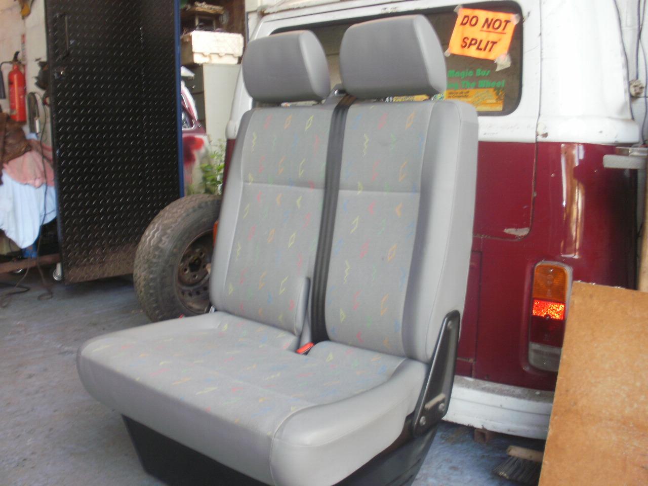 T5 cab becnch seats